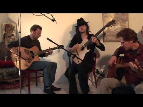 gypsy jazz guitar and acoustic bass handmade by Pedro Oteguy